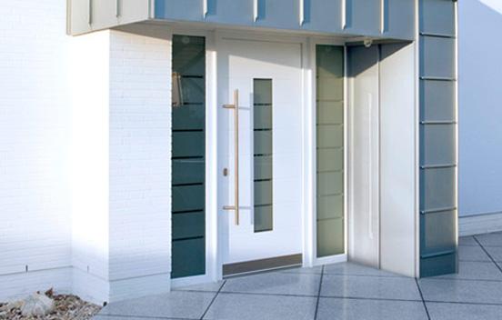 Puertas para exterior en pvc aislamiento t rmico - Puertas de exterior de pvc ...